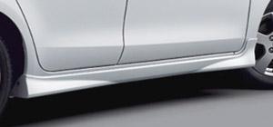 Брызговик боковой для Toyota VITZ SCP90-AHXEK (Авг. 2007–Сент. 2008)